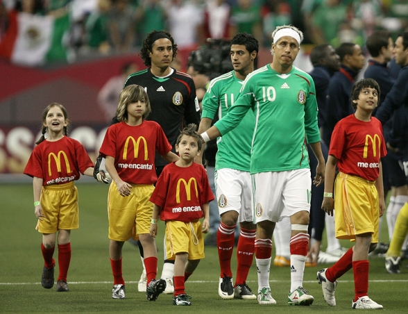 McDonald's Player Escort Programme EE.UU-Mexico 2008